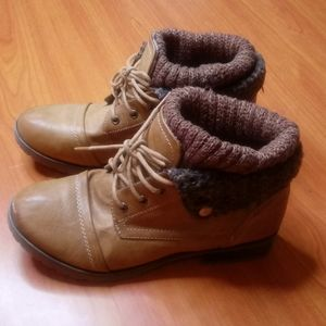 Refresh Brown Boots Size 7 (266)
